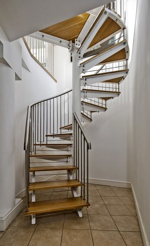 How to repair stairs hometips for Build your own spiral staircase