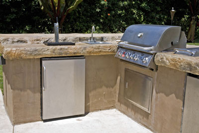Get your barbecue ready for action hometips for Outdoor kitchen without grill