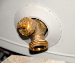 How to Back-Flush a Water Heater