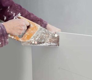 how to cut sheetrock straight