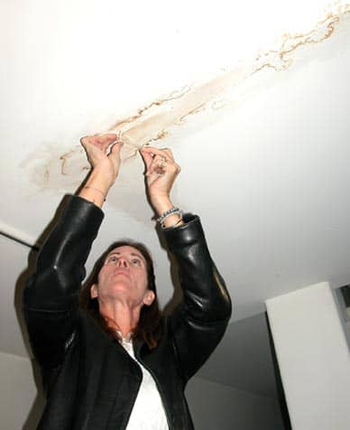 Repair A Water Damaged Ceiling Hometips