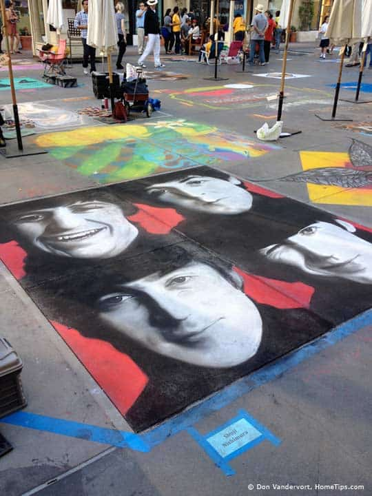 Sidewalk chalk artwork in Pasadena, California © HomeTips