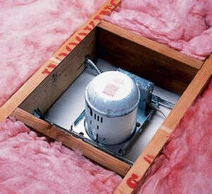 recessed light with insulation