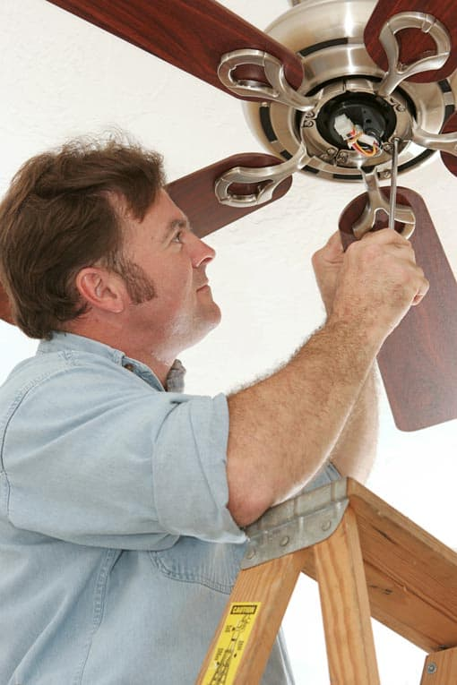 assembling ceiling fan