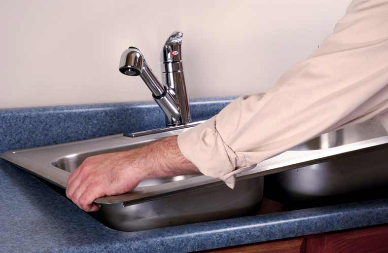 installing a kitchen sink