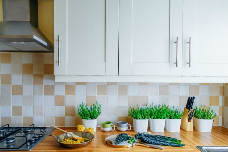 Picking A Kitchen Backsplash: How To Pick Color Combinations For Your Kitchen Remodel